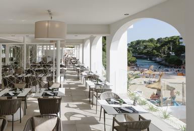 Терраса Отель AluaSoul Mallorca Resort (Только для взрослых) Cala d'Or, Mallorca
