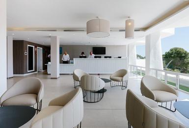 рецепция отеля Отель AluaSoul Mallorca Resort (Только для взрослых) Cala d'Or, Mallorca